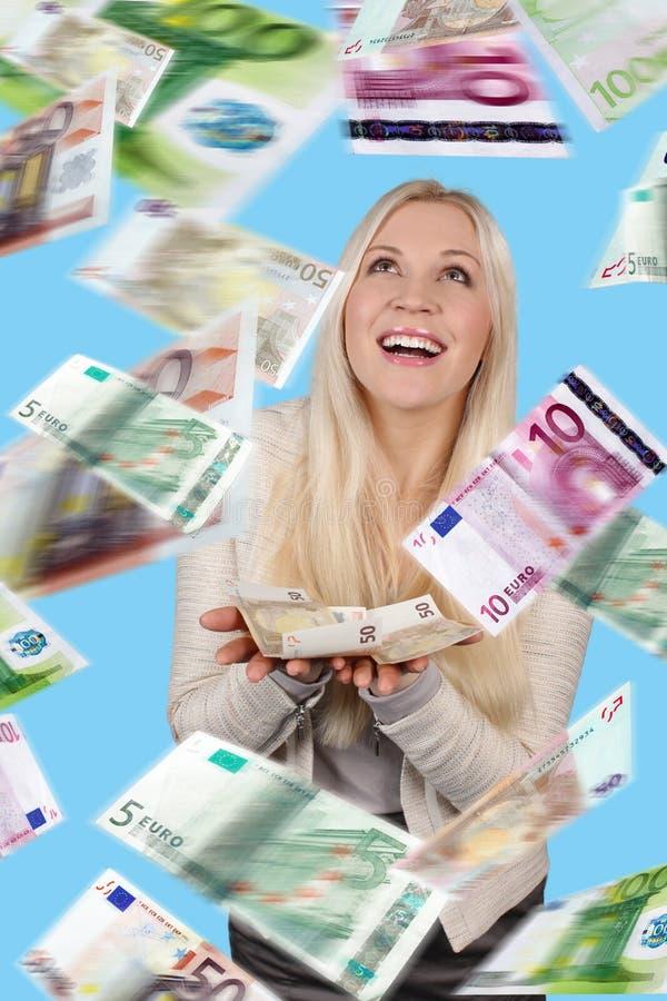 Mulher com lotes das cédulas imagem de stock royalty free