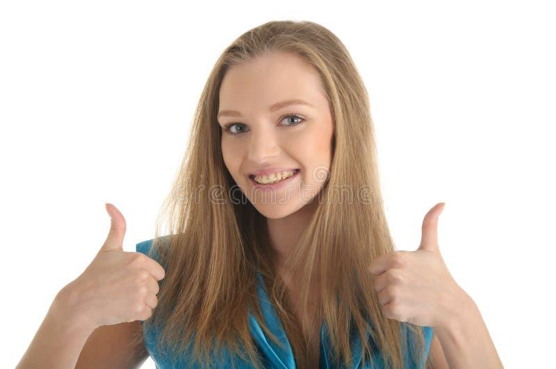 Mulher com os suportes nos dentes foto de stock royalty free