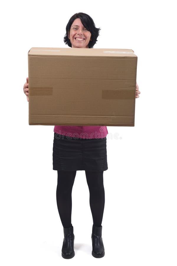 Mulher com pacote no fundo branco imagem de stock royalty free