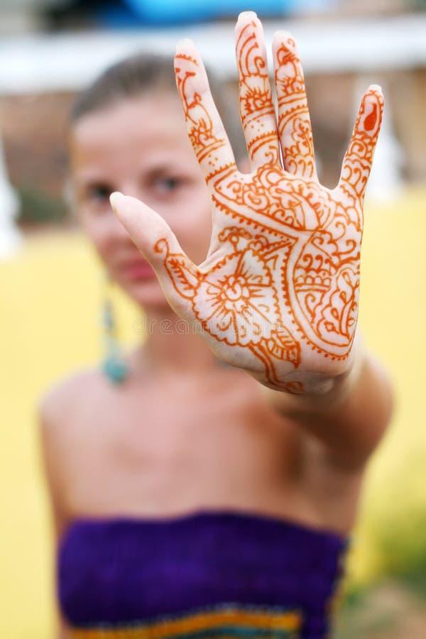Mulher com tatuagem fotografia de stock