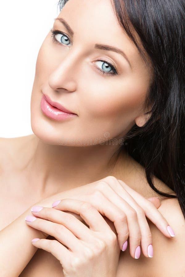 Mulher com tratamento de mãos francês fotografia de stock royalty free