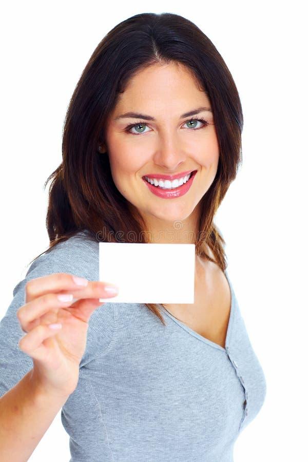 Mulher com um cartão. fotos de stock royalty free