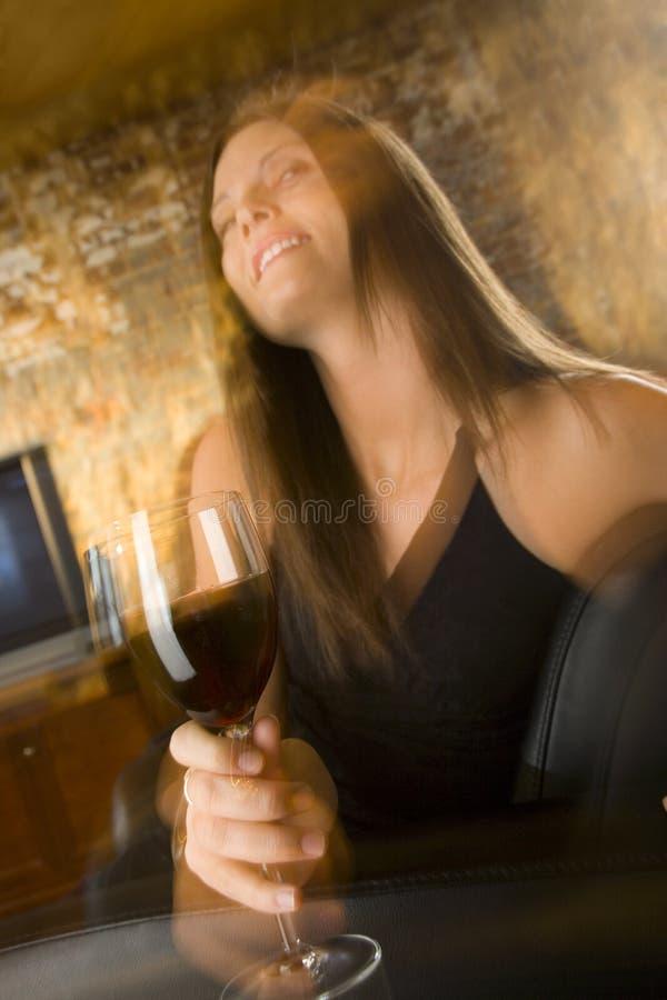 Mulher com vidro do vinho imagem de stock royalty free
