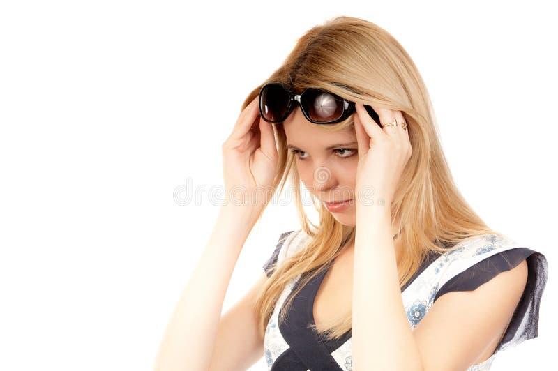 Download Mulher com vidros de sol imagem de stock. Imagem de olhar - 12800337