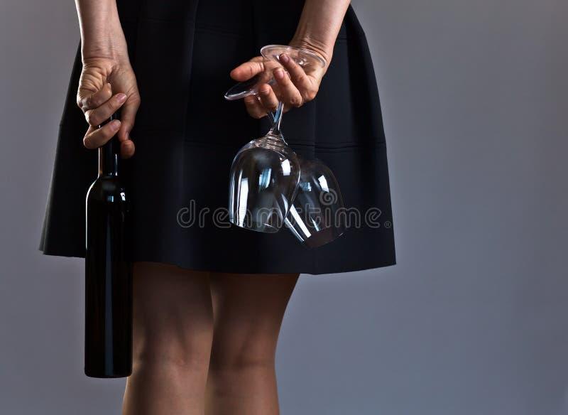 Mulher com vinho foto de stock