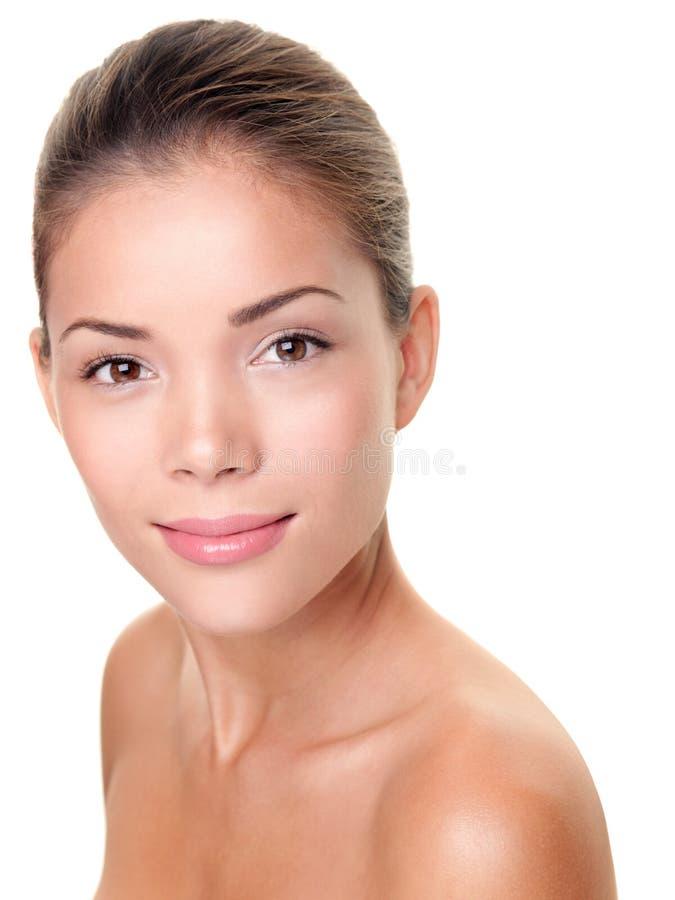 Mulher da beleza do cuidado de pele imagem de stock