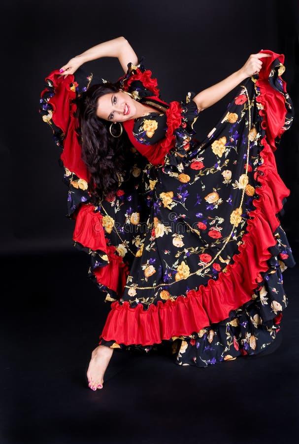 Mulher da dança no vestido bonito fotos de stock royalty free
