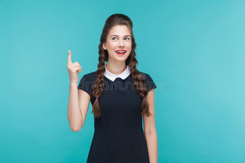 A mulher da felicidade tem uma ideia fotos de stock