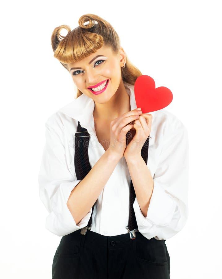Mulher de coração vermelho Linda garota e símbolo do amor Dia dos Namorados fotos de stock