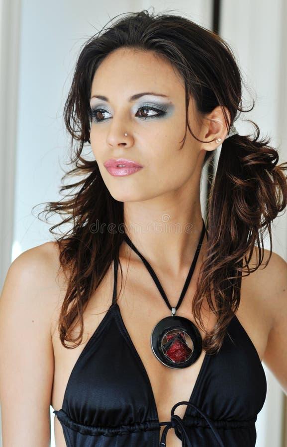 Mulher de fascínio 'sexy' impressionante foto de stock royalty free