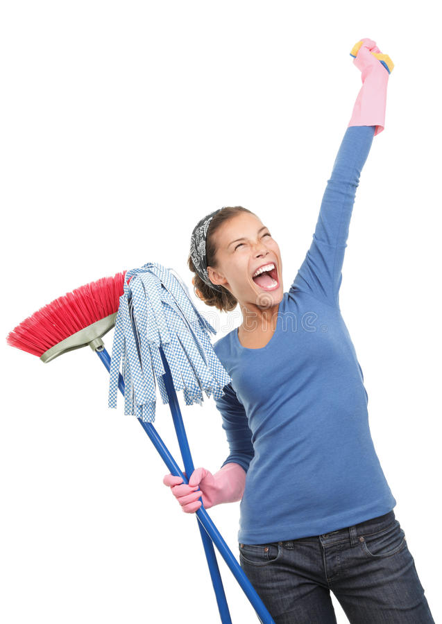 Mulher de limpeza feliz da casa foto de stock