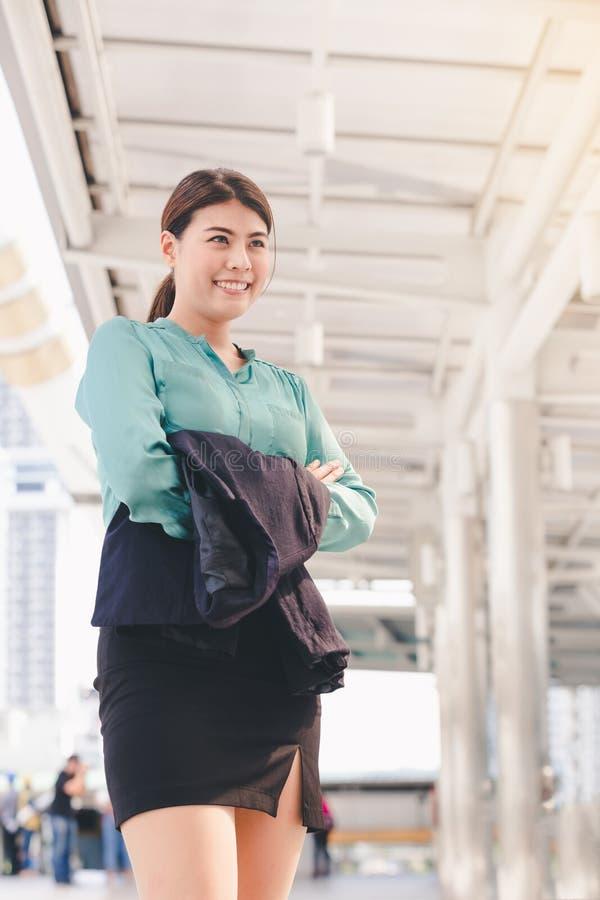 Mulher de negócio asiática do estilo de vida imagens de stock royalty free