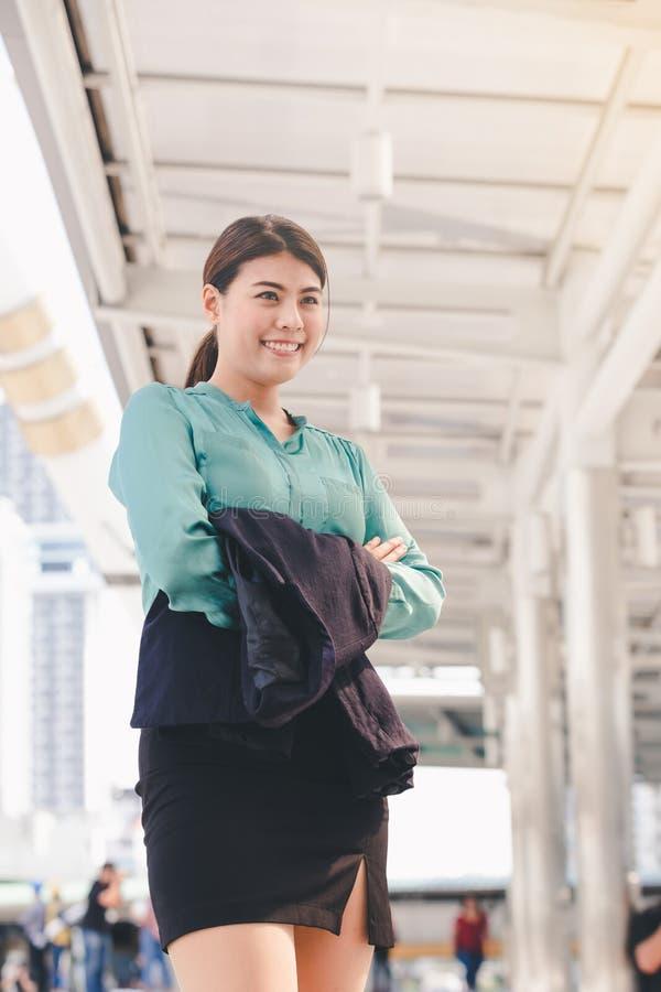 Mulher de negócio asiática do estilo de vida imagem de stock royalty free