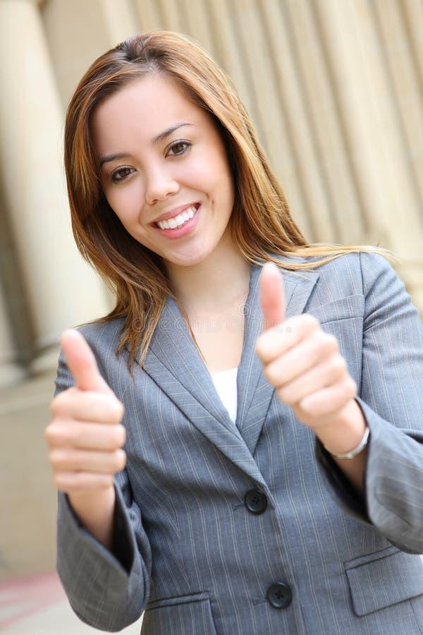Mulher de negócio bonita bem sucedida foto de stock