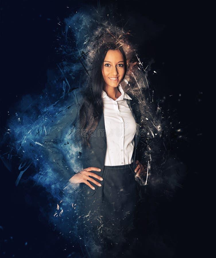 Mulher de negócio cercada por sparkles e por fumo imagem de stock
