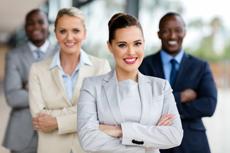 mulher de negócio com empresários imagens de stock royalty free