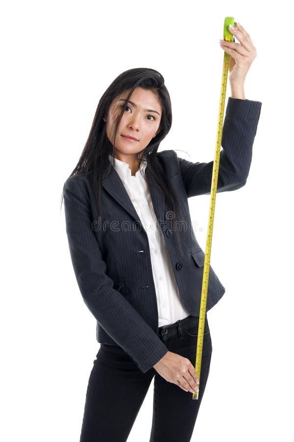 Mulher de negócio com régua foto de stock royalty free