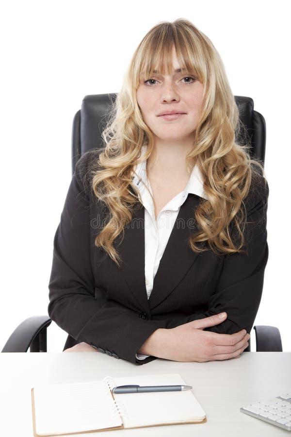 Mulher de negócio de cabelo loura bonita nova fotos de stock royalty free