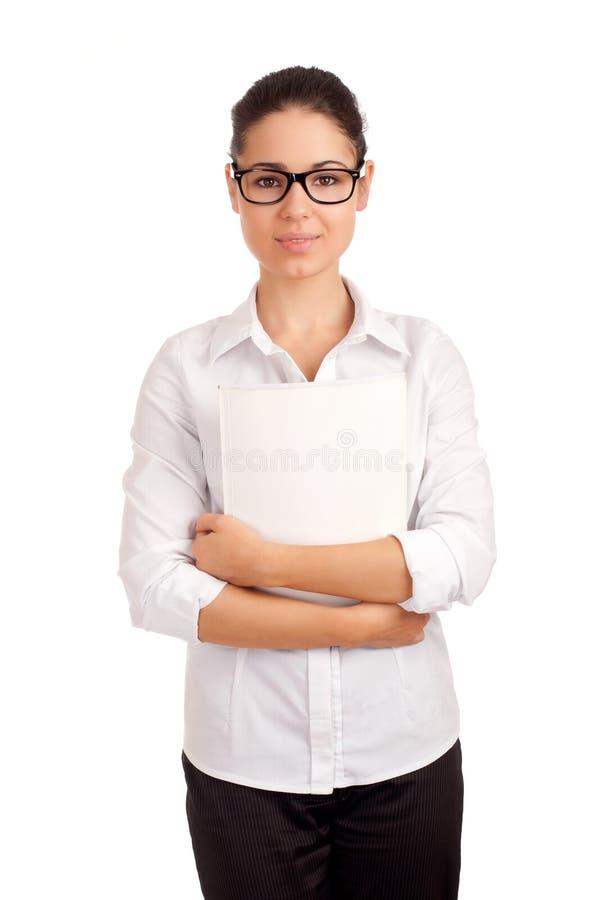Mulher de negócio de sorriso que guardara o compartimento fotos de stock royalty free