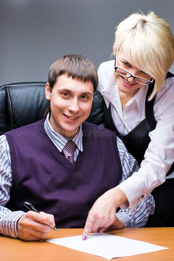 Mulher de negócio e um homem de negócios com original foto de stock