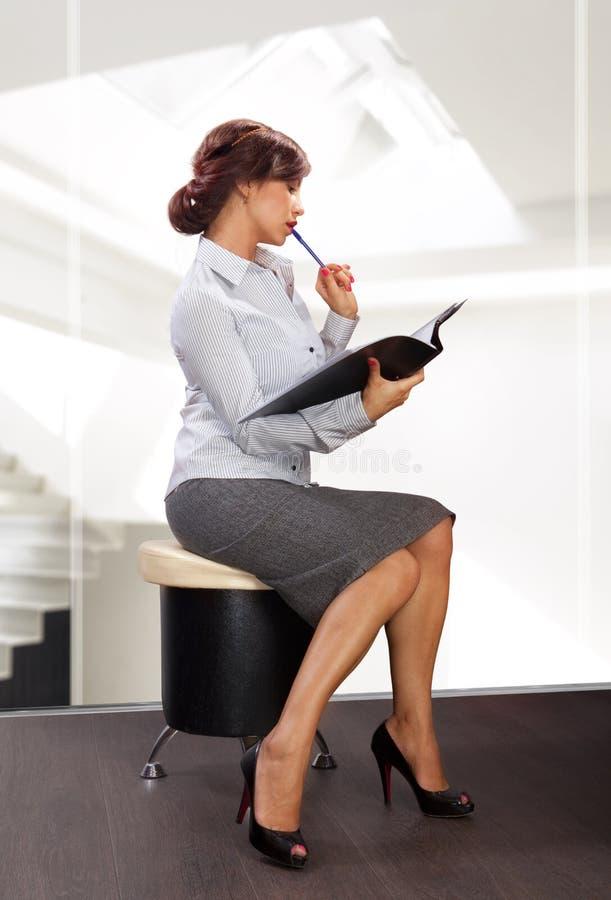 Mulher de negócio elegante foto de stock