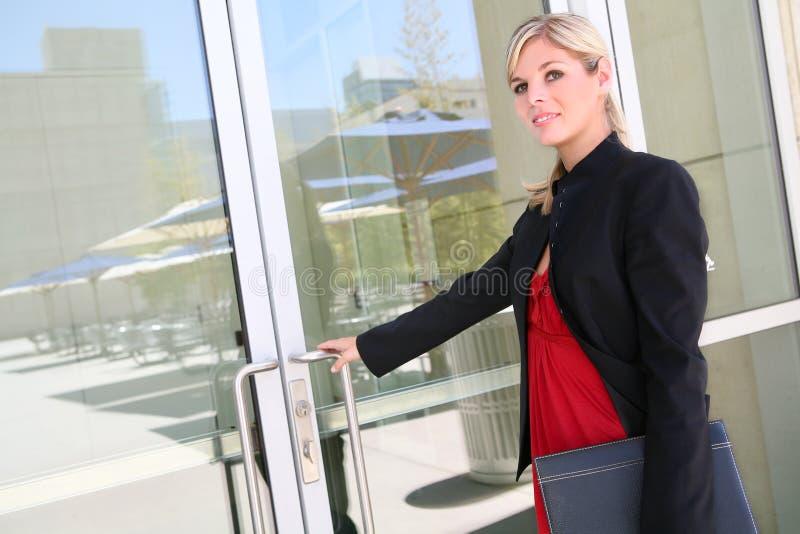 Mulher de negócio loura imagens de stock