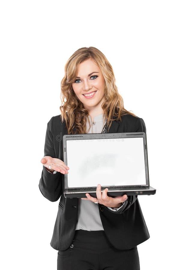 Mulher de negócio nova com o portátil, isolado no fundo branco fotos de stock
