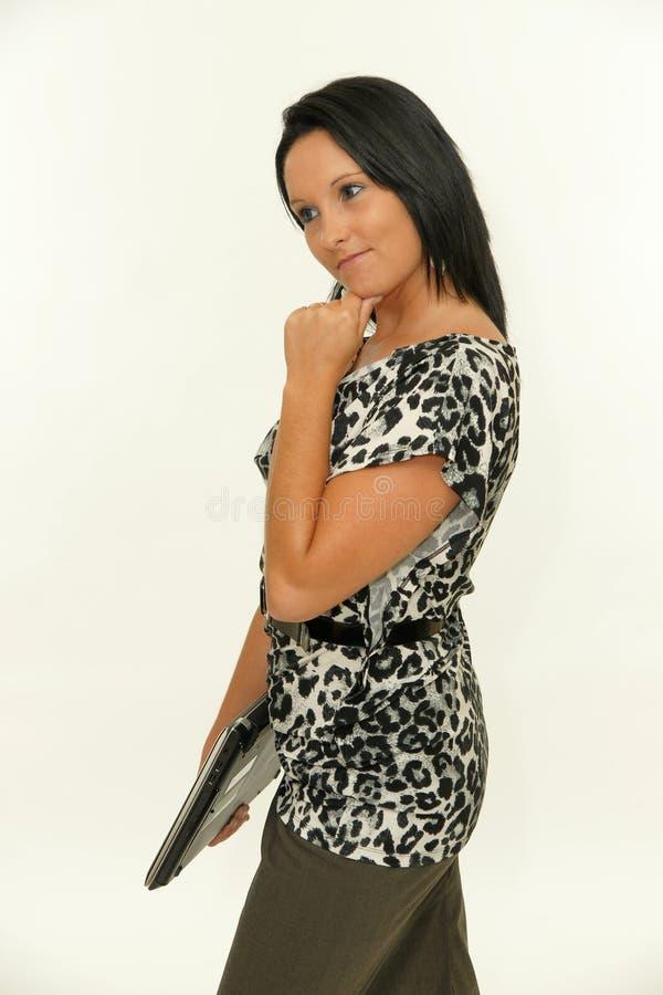 Mulher de negócio nova com portátil fotografia de stock royalty free