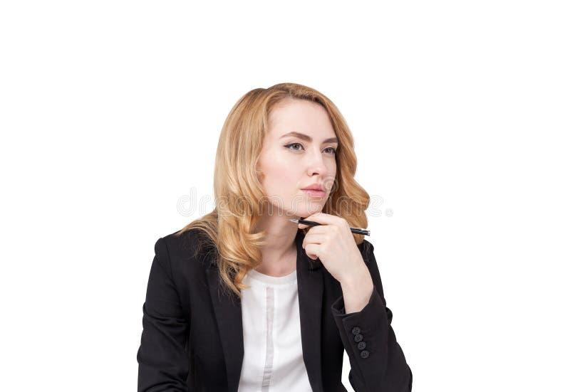 Mulher de negócio pensativa do gengibre, isolada imagem de stock royalty free