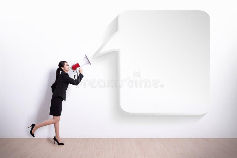 Mulher de negócio que grita imagem de stock