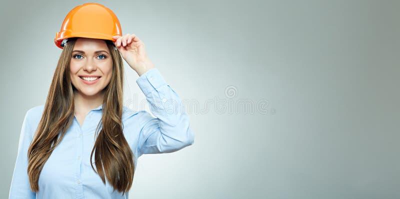Mulher de negócio de sorriso do construtor da mulher fotos de stock royalty free