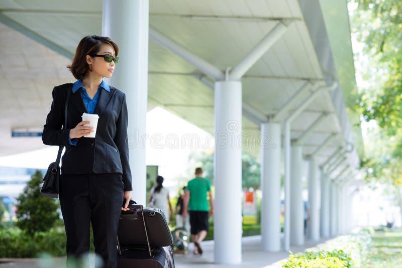 Mulher de negócio de viagem fotografia de stock royalty free