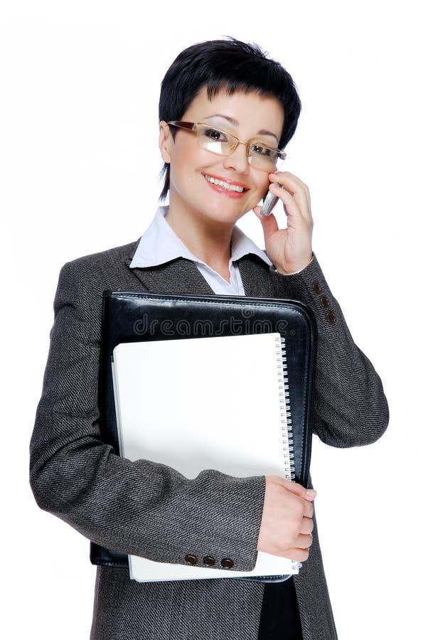 Mulher de negócios adulta meados de bem sucedida fotografia de stock