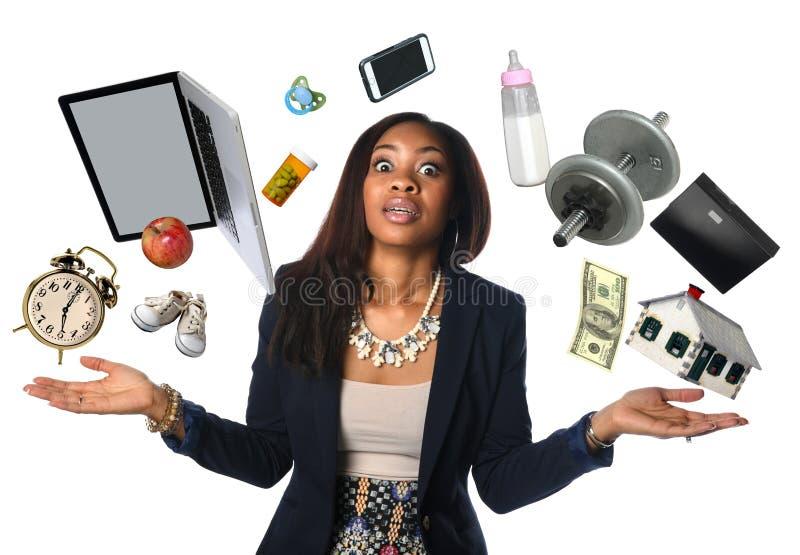 Mulher de negócios afro-americano Juggling fotos de stock royalty free