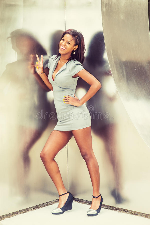 Mulher de negócios afro-americano nova Fashion em New York imagens de stock royalty free