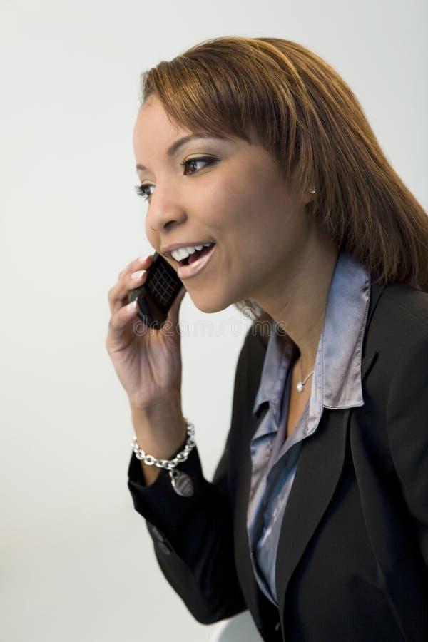Mulher de negócios com móbil foto de stock