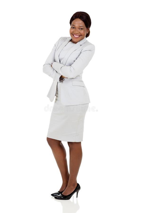 Mulher de negócios com os braços dobrados fotografia de stock royalty free