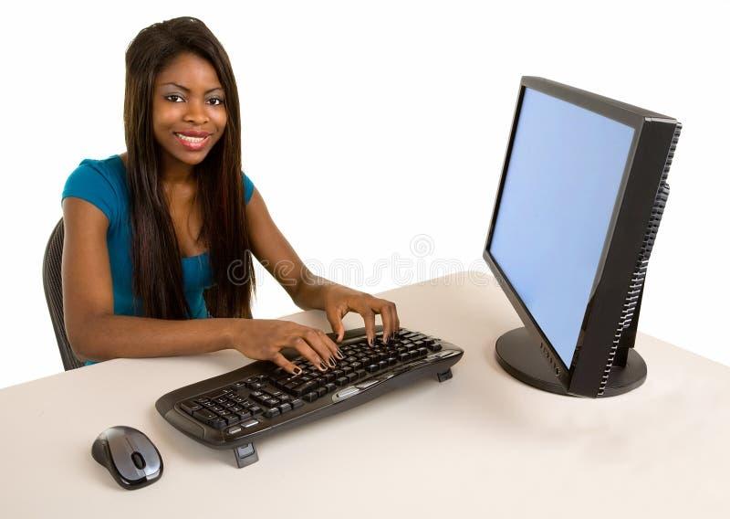 Mulher de negócios de sorriso do americano africano foto de stock
