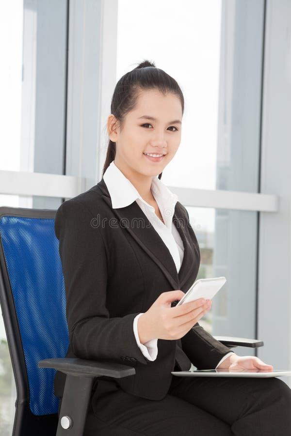 Mulher de negócios elegante foto de stock royalty free