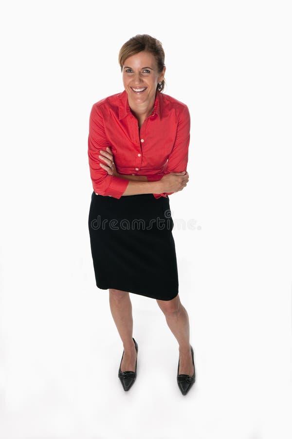 Mulher de negócios feliz em uma camisa vermelha imagens de stock