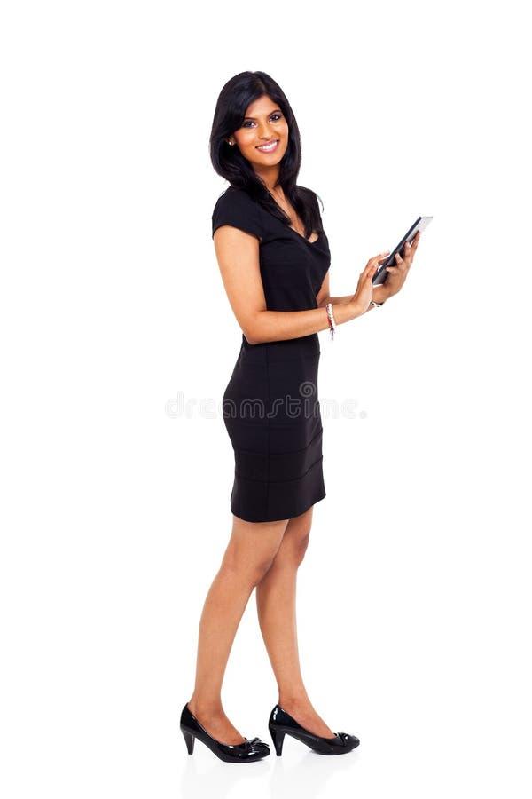 Tabuleta indiana da mulher de negócios fotografia de stock royalty free