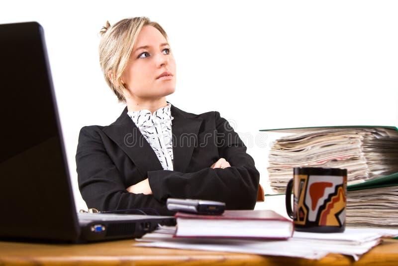 Mulher de negócios no escritório fotografia de stock royalty free