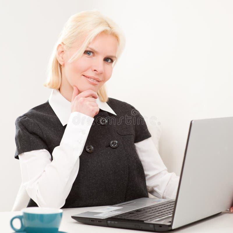 Mulher de negócios no trabalho fotos de stock