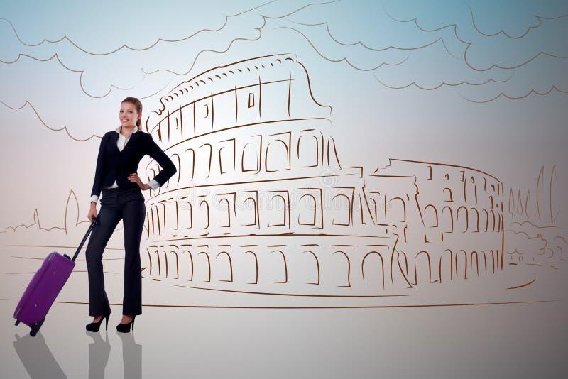 A mulher de negócios nova no curso a roma foto de stock