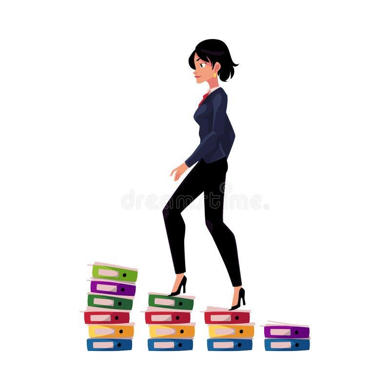 A mulher de negócios que escala acima a escada da carreira mostrada como o dobrador do original pisa ilustração royalty free