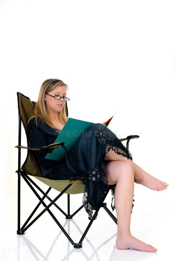 Mulher de negócios que trabalha para casa foto de stock royalty free