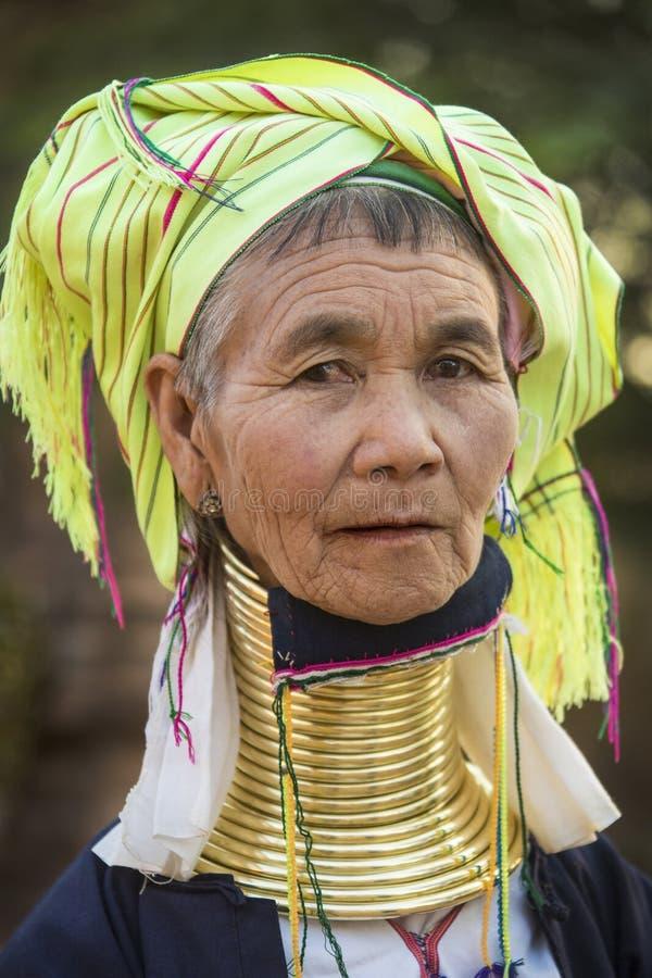 Mulher de Padaung - Myanmar foto de stock royalty free
