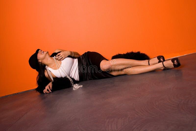 Mulher de riso bonita. fotos de stock royalty free