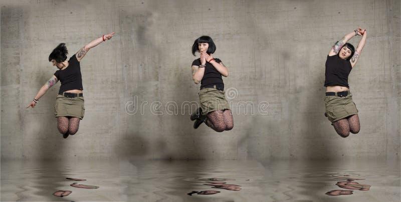 Mulher De Salto Imagens de Stock