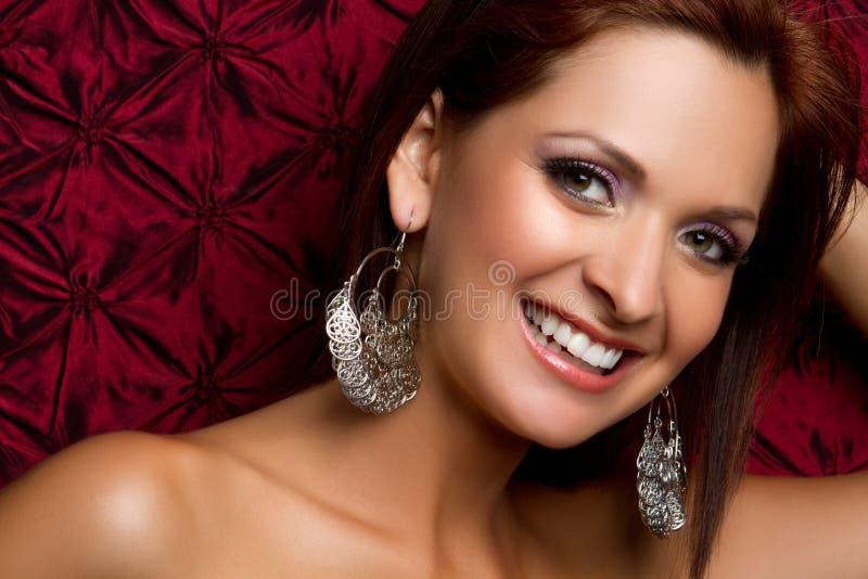 Mulher de sorriso bonita fotografia de stock